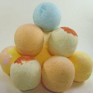Five Bubbling Fizzy Bath Bombs
